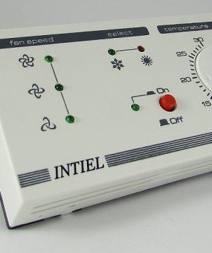 Електронен терморегулатор за управление на вентилаторен конвектор